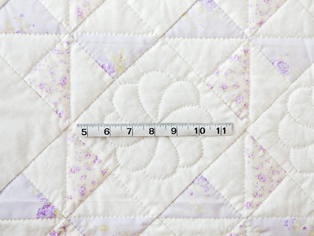 Delicate Lavender and White Pinwheel Crib Quilt Photo 3