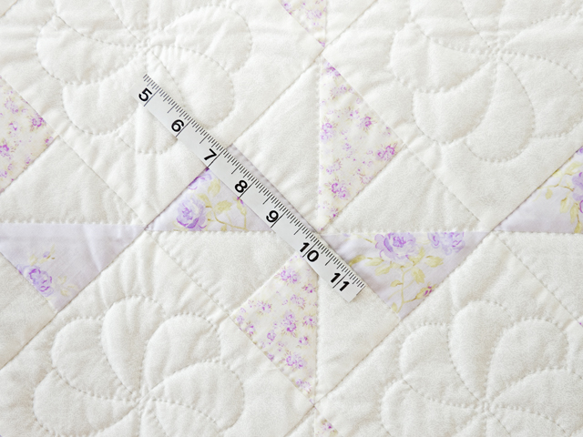 Delicate Lavender and White Pinwheel Crib Quilt Photo 4