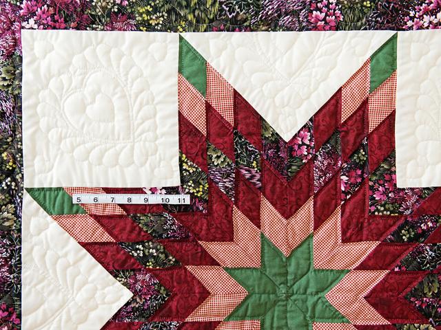 Green, Burgundy, Rose and Cream Lone Star Wall Hanging Photo 4