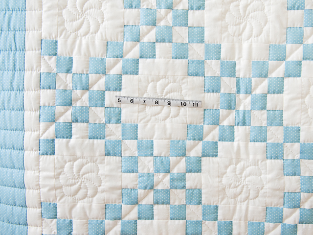 Beautiful Blue and White Irish Chain Quilt Photo 5