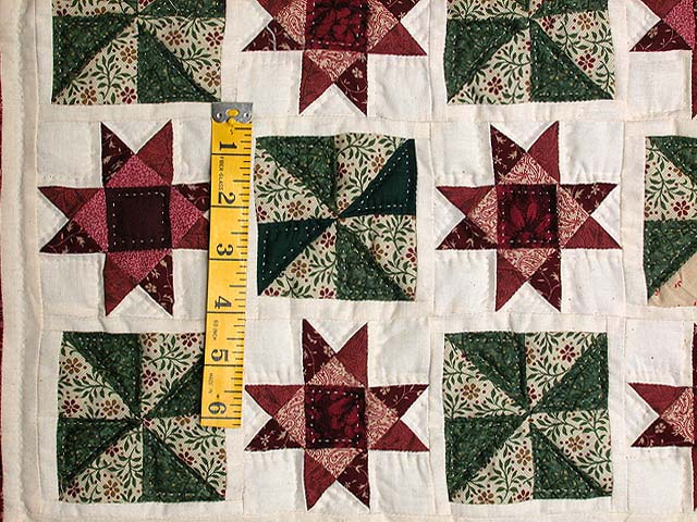 Burgundy and Green Stars and Pinwheels Wall Hanging Photo 3