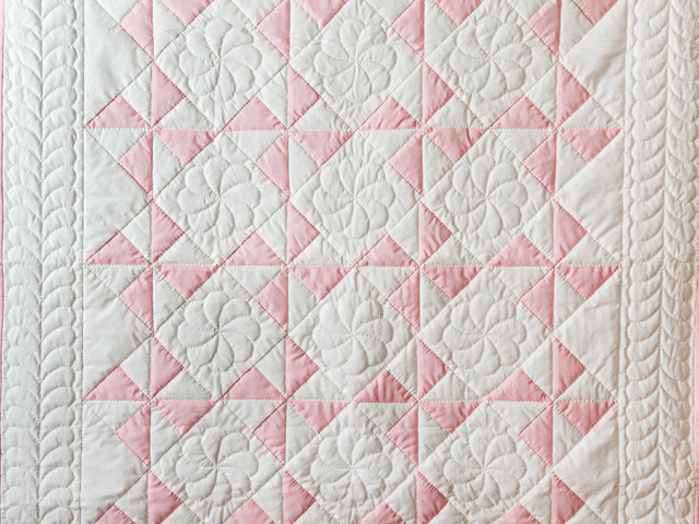 Princess Pink & White Pinwheel Crib Quilt Photo 2
