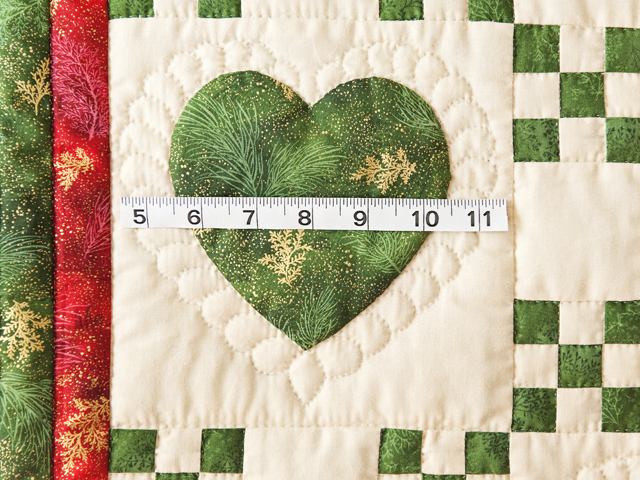Red, Green & Tan Christmas Cardinals Hearts and Nine Patch Quilt Photo 4