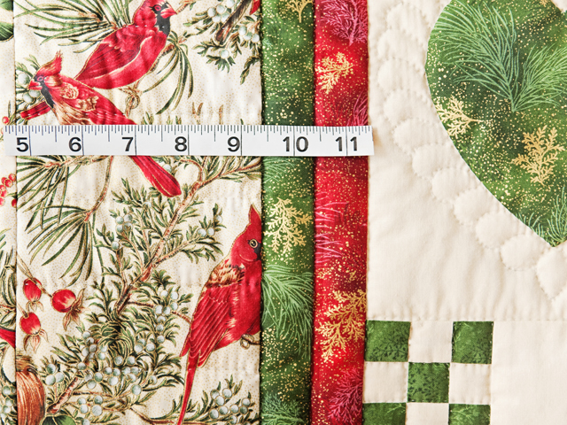 Red, Green & Tan Christmas Cardinals Hearts and Nine Patch Quilt Photo 5