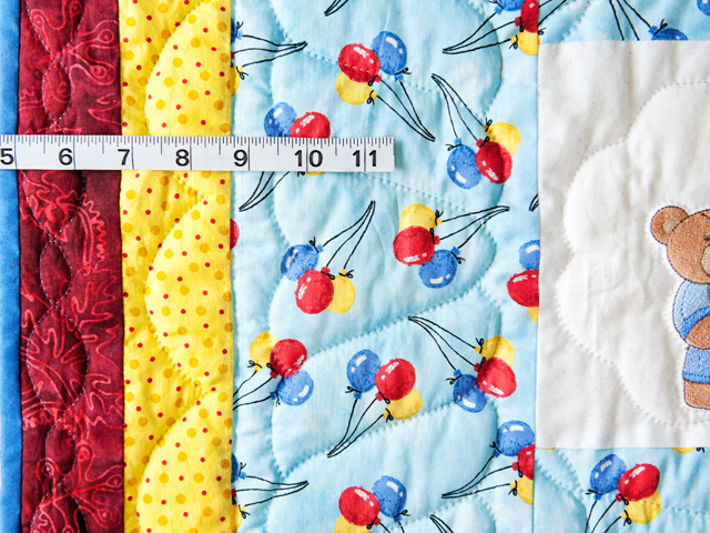 Party Bears & Balloons Crib Quilt Photo 3