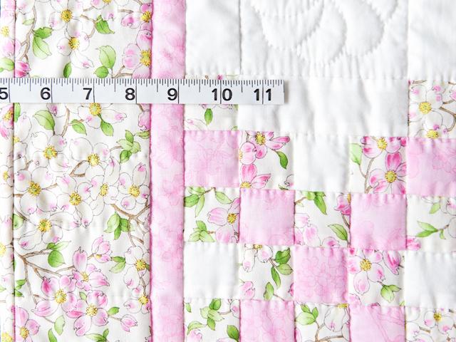 Pink and Cream Dogwood Blossom Irish Chain Quilt Photo 4