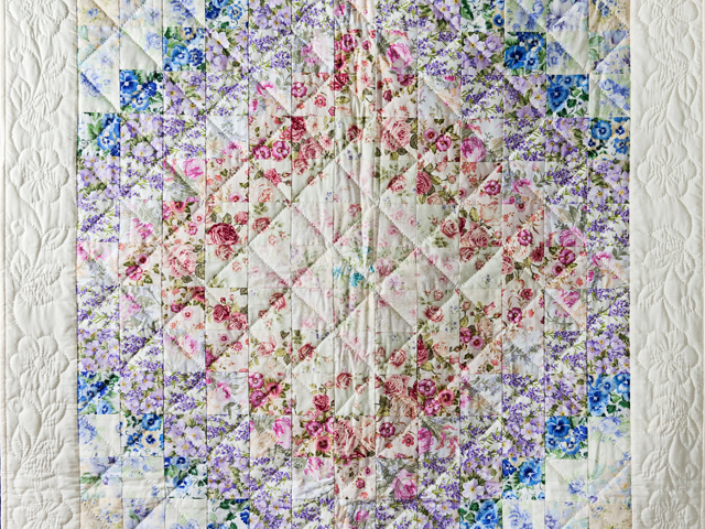 Watercolor Floral Trip Around The World Quilt Photo 2