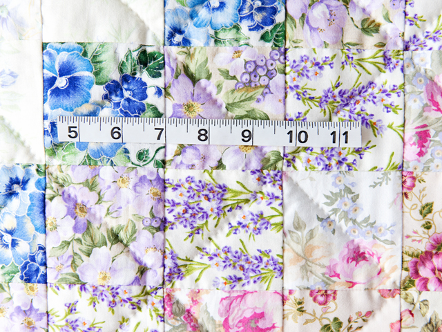 Watercolor Floral Trip Around The World Quilt Photo 3