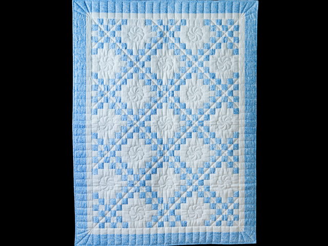 Whimsical Blue & White Irish Chain Quilt Photo 1