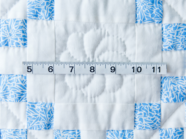 Whimsical Blue & White Irish Chain Quilt Photo 4