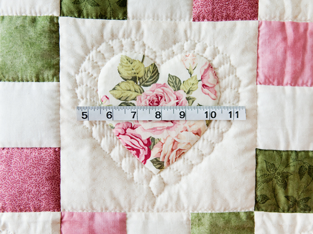 Roses, Pink and Green Hearts and Nine Patch Quilt Photo 5