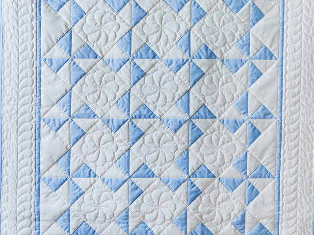 Beautiful Blue & Natural Pinwheel Crib Quilt Photo 2