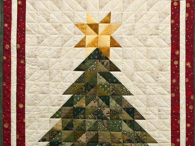 Dazzling Patchwork Christmas Tree Wall Hanging Photo 2