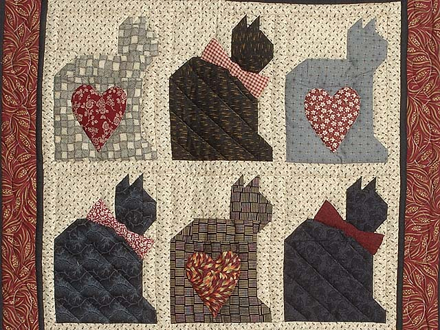 Charming Cats Patchwork Wall Hanging Photo 2
