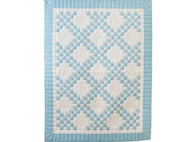 Beautiful Blue and White Irish Chain Crib Quilt Photo 1