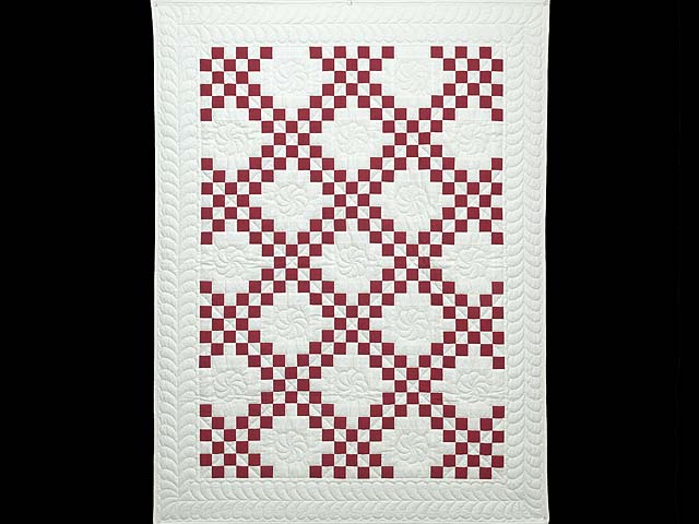 Red and White Irish Chain Quilt Photo 1