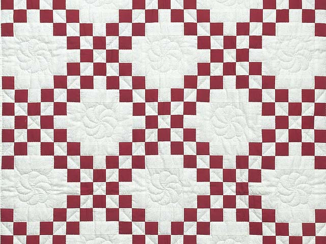 Red and White Irish Chain Quilt Photo 2