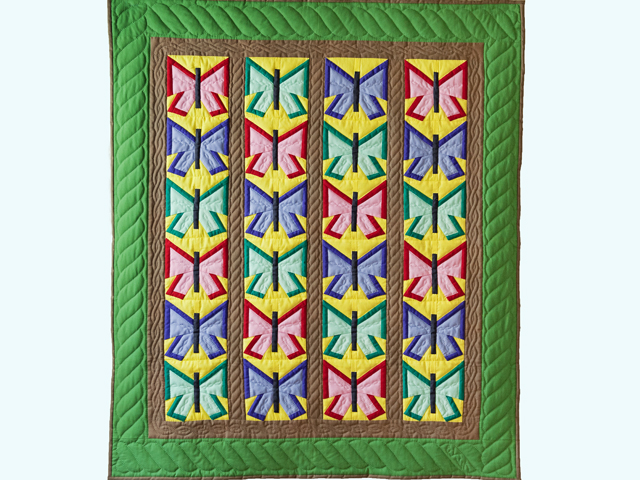 Indiana Amish Pretty Patchwork Butterflies Quilt Photo 1