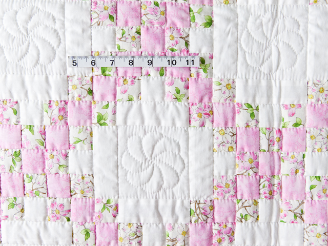 Pink and Cream Dogwood Blossom Irish Chain Quilt Photo 3
