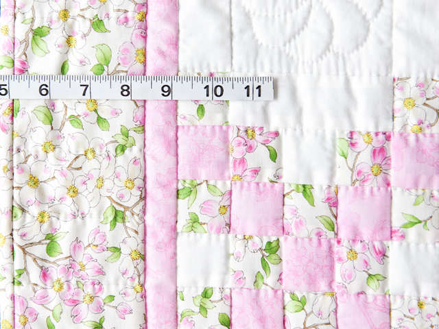 Pink and Cream Dogwood Blossom Irish Chain Quilt Photo 4