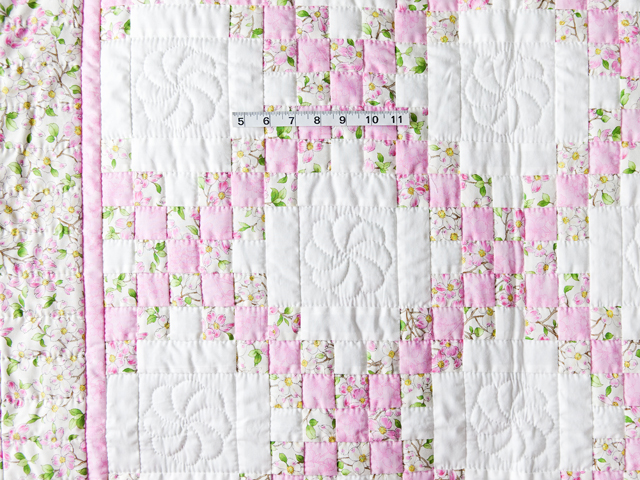Pink and Cream Dogwood Blossom Irish Chain Quilt Photo 5