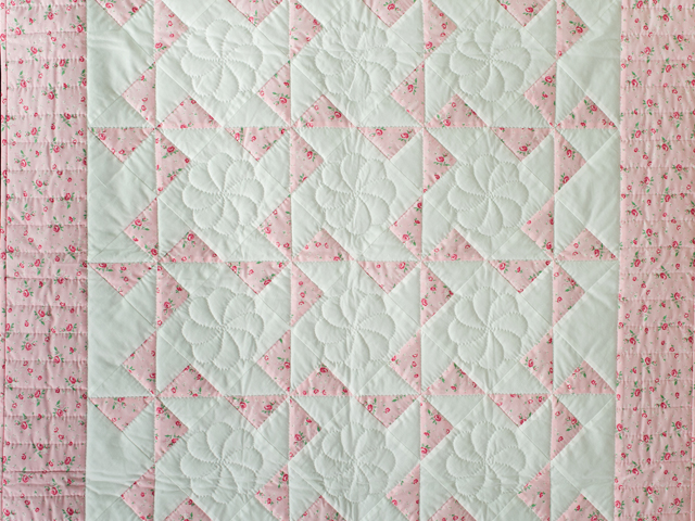 Cottage Garden Roses Pinwheel Quilt Photo 2
