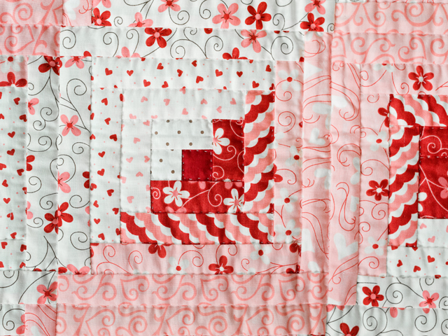Pink, Red and Natural Log Cabin Quilt Photo 4