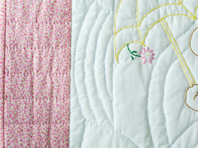 Pink and White Hand Embroidered Teddy Bears Crib Quilt Photo 3