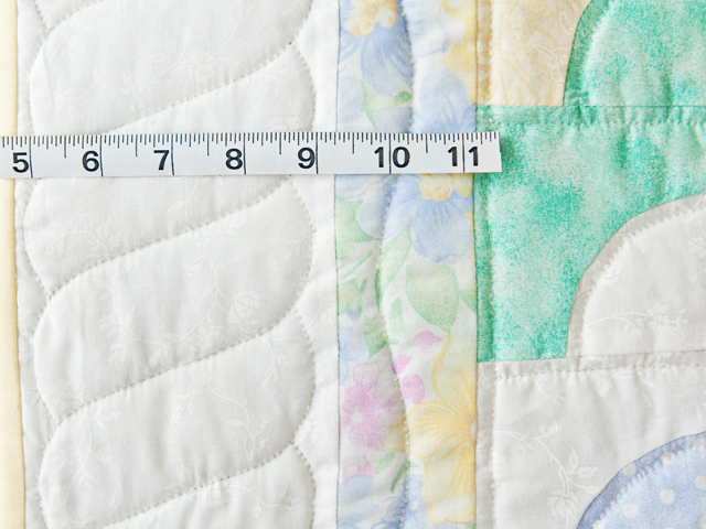 Pastel & White Ocean Wave Crib Quilt Photo 4