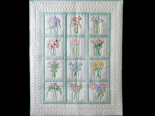 Hand Embroidered Flower Bouquet Quilt Photo 1