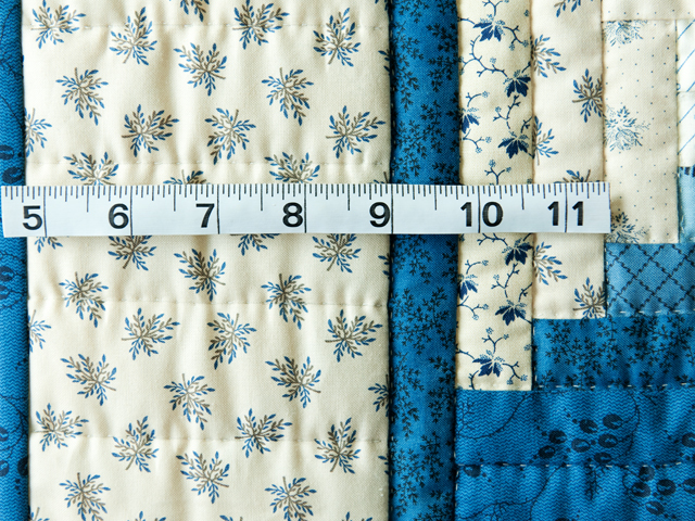 Navy and Cream Log Cabin Quilt Photo 3