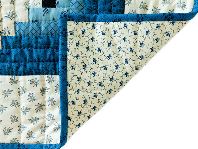 Navy and Cream Log Cabin Quilt Photo 5