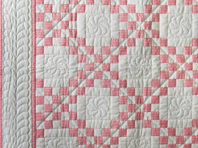 Rose and Natural Irish Chain Quilt Photo 3