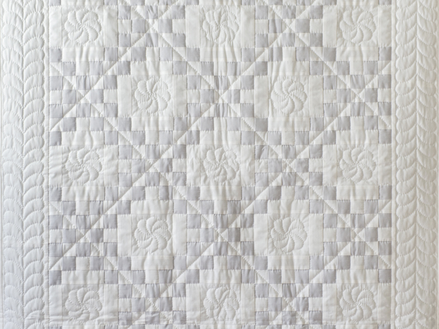 Pristine Gray and White Irish Chain Quilt Photo 2