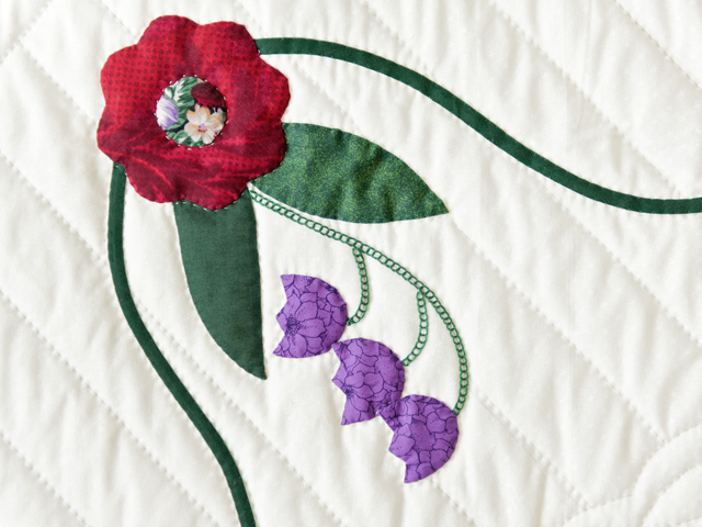 Rose of Sharon Wall Hanging Photo 4