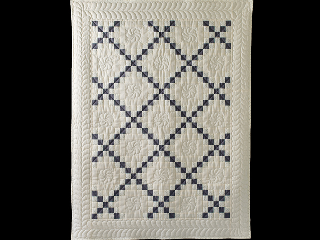 Natural and Gray Irish Chain Quilt Photo 1