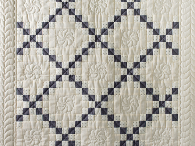 Natural and Gray Irish Chain Quilt Photo 3