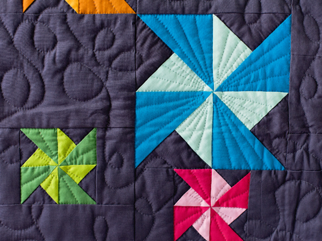 Indiana Amish Starburst Pinwheels Quilt Photo 5