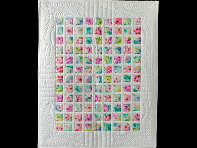 Watercolor Floral Delight Quilt Photo 1