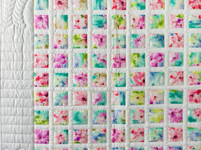 Watercolor Floral Delight Quilt Photo 3