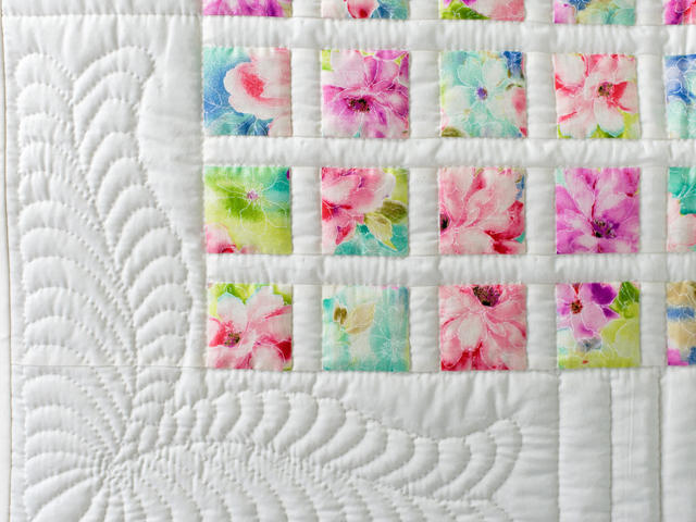 Watercolor Floral Delight Quilt Photo 4