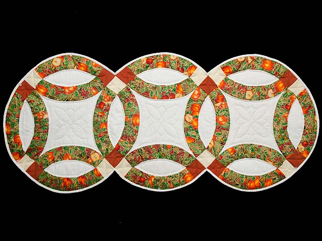 Harvest Double Wedding Ring Table Runner Photo 1