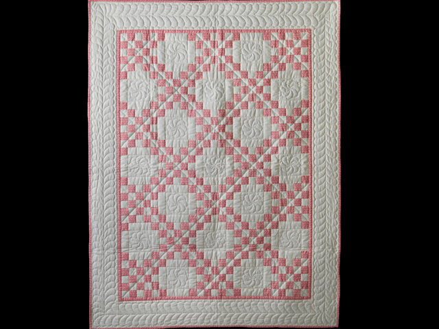 Rose and Natural Cream Irish Chain Quilt Photo 1