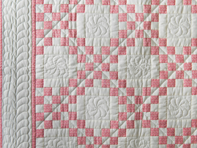 Rose and Natural Cream Irish Chain Quilt Photo 3