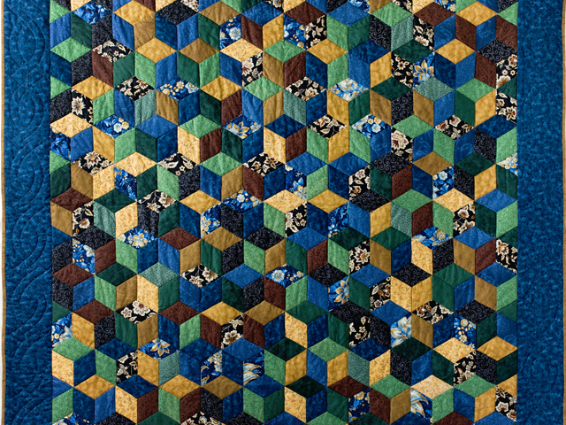Blue and Brown Tumbling Blocks Quilt Photo 2