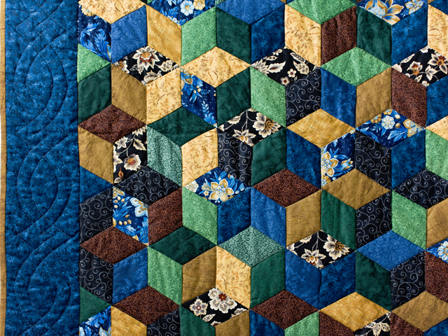 Blue and Brown Tumbling Blocks Quilt Photo 3