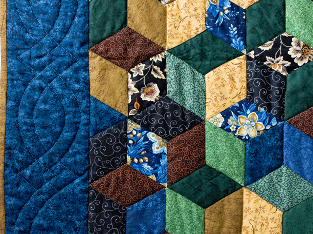 Blue and Brown Tumbling Blocks Quilt Photo 4