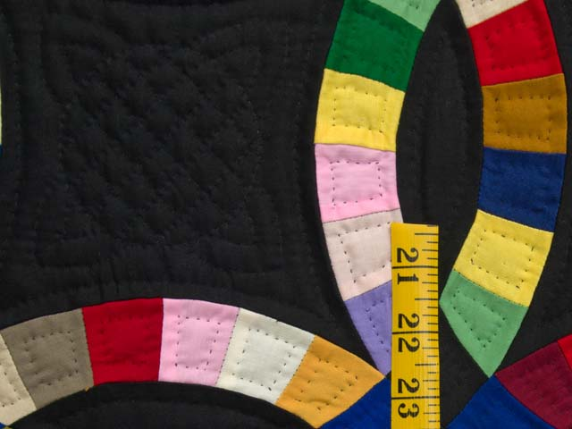 Indiana Amish Double Wedding Ring Quilt Photo 4