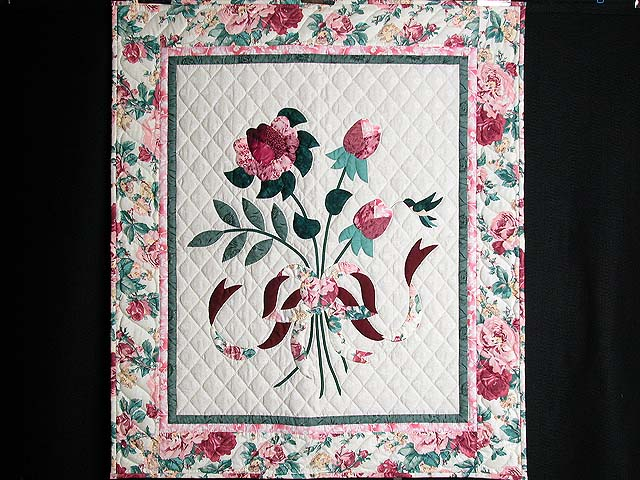 Rose and Green Lancaster Treasures Wall Hanging Photo 1