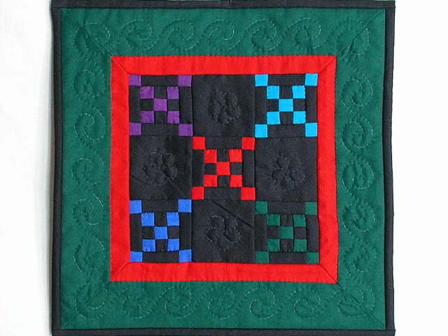 Mini Green and Red Double Nine Patch Quilt Photo 1